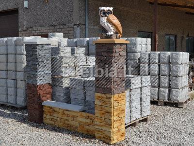 Skaldyto akmens imitacijos tvoros stulpų blokeliai